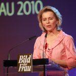 """""""Diese Frauen strahlen von innen heraus"""", sagte Ursula von der Leyen, Bundesministerin für Arbeit und Soziales, auf der Gala."""