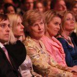 Friede Springer saß neben Ulrike Döpfner, Ursula von der Leyen und Chefredakteurin Sandra Immoor in der ersten Reihe.