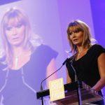 Auch Franziska van Almsick trat als Laudatorin auf die Bühne und ehrte eine der Preisträgerinnen.