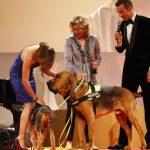 Aber da wollten auch andere noch schnell Alexandra Grunow gratulieren...
