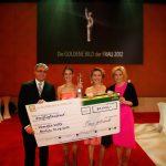 """Der Leserpreis ging an die junge Vanessa Velte für ihr Projekt """"Schenke eine Ziege e.V."""". 30.000 Euro durfte sie dafür mit nach Hause nehmen"""