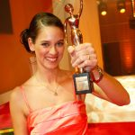 Preisträgerin Vanessa Velte verschenkt Ziegen und damit Familien eine Zukunft