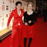 Dunka Hayali und Ursula von der Leyen haben viel Spaß zusammen.